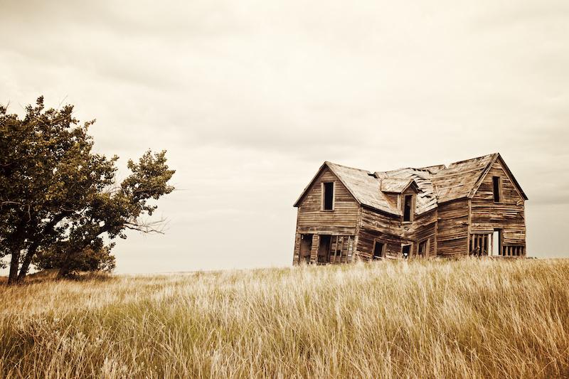 崩壊した家