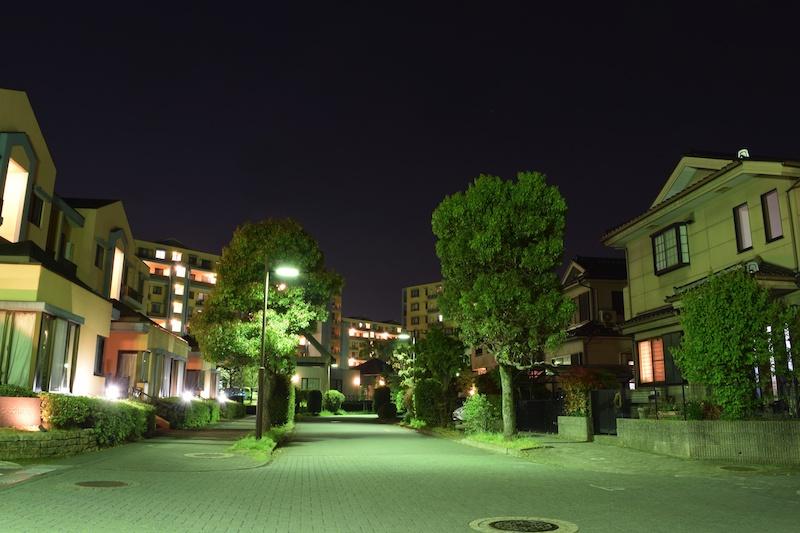 夜の住宅街