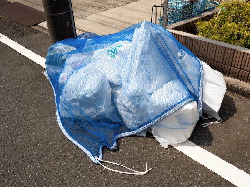 指定日の朝に出されたゴミ袋